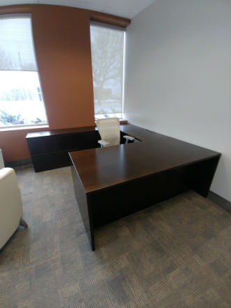 Haworth Walnut Veneer U- shape Suite