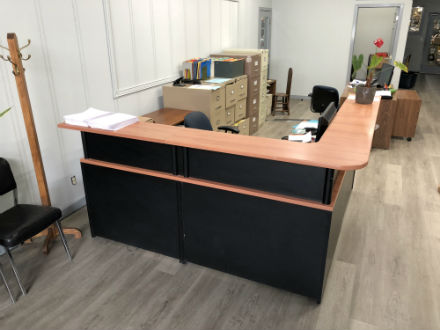 Magnificent Reception Corner Desk Unit Kitchener Waterloo Used Office Home Interior And Landscaping Analalmasignezvosmurscom
