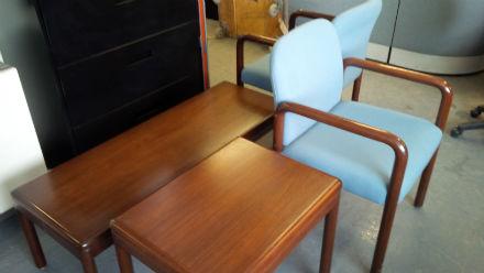 Wondrous Krug Wood Veneer Tables Kitchener Waterloo Used Office Interior Design Ideas Truasarkarijobsexamcom