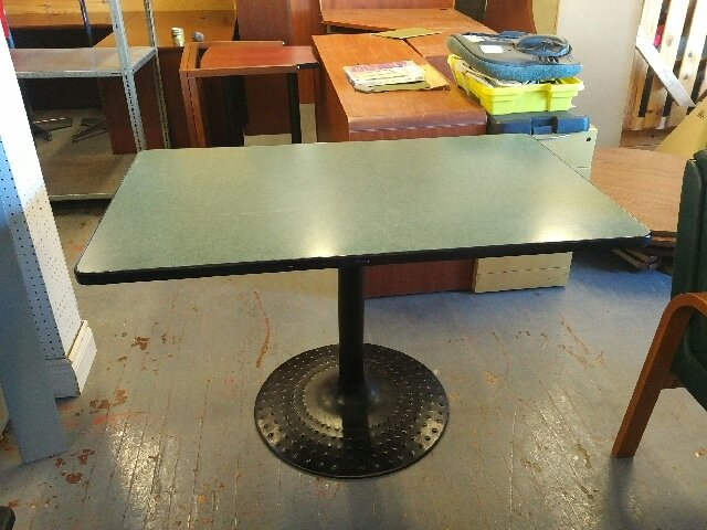 lunch room table 30x48 kitchener waterloo used office